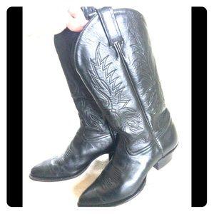 Black leather Tony Lama cowboy boots